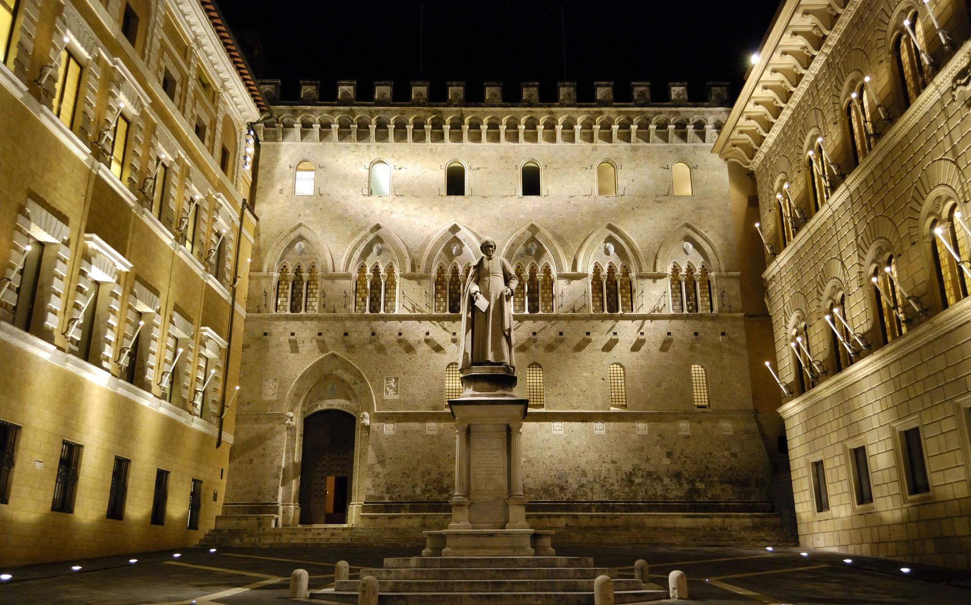 Toscana Italy Siena Palazzo Salimbeni