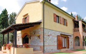 Toscana Italy Villa San Gimignano Casa Vacanze Il Melograno