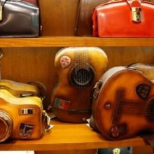 toscana-italy-leather-artisan-workshops-in-florence-12