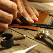 toscana-italy-leather-artisan-workshops-in-florence-13